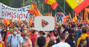 Miles de manifestantes piden la dimisión de Pedro Sánchez por su nefasta gestión de la pandemia