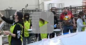 Once empleados compran una fábrica y salvan sus empleos